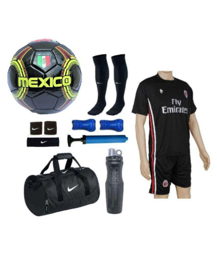 7200421fb0c Nike MEXICO Football   Ball Kit -Football   Ball Size- 5  Buy Online at  Best Price on Snapdeal