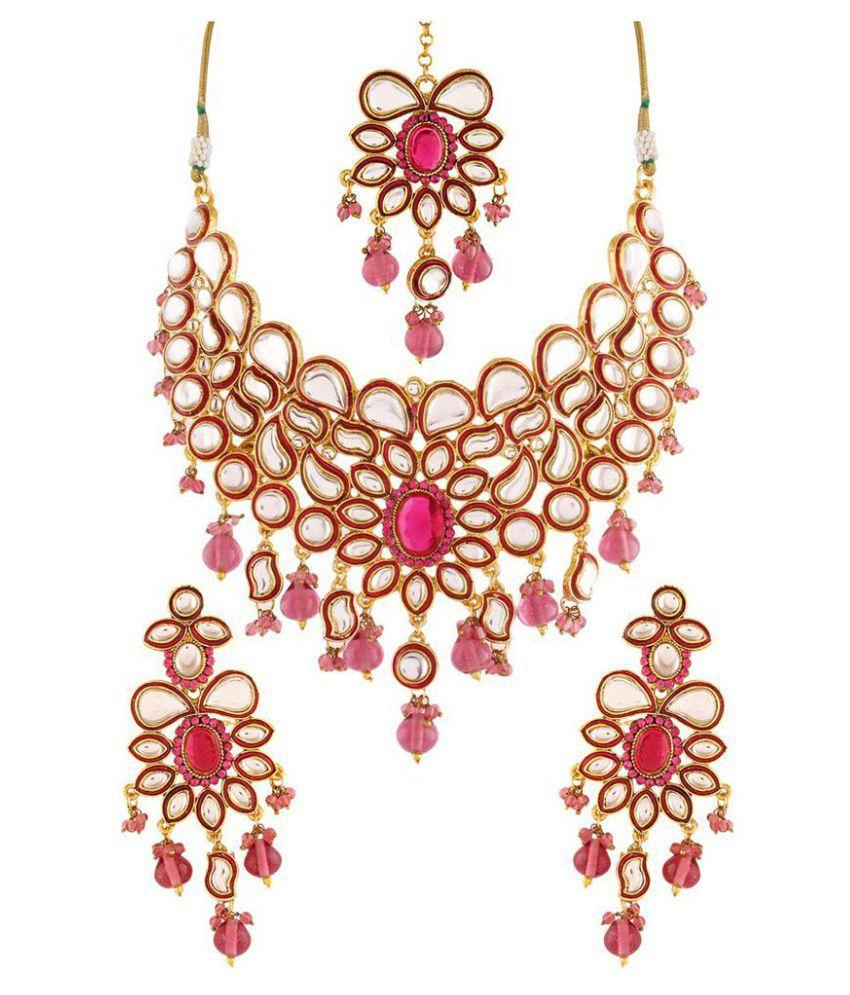 Variation Golden Alloy Kundan Work Necklace Set With Maang Tika