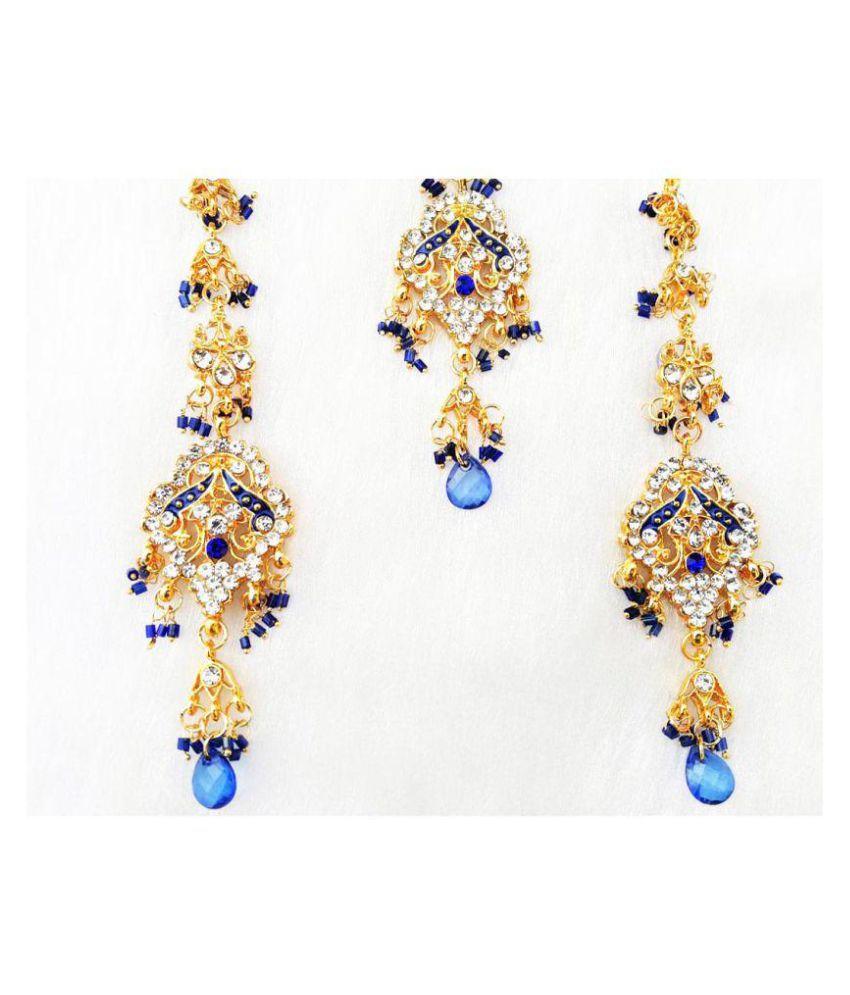 Zirconic Earrings With Tikka Set