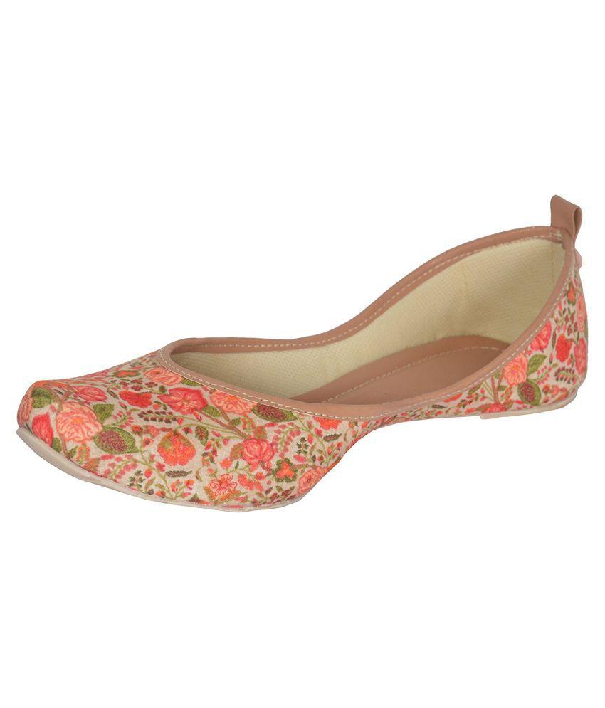 Bhagwatis Multi Color Ethnic Footwear