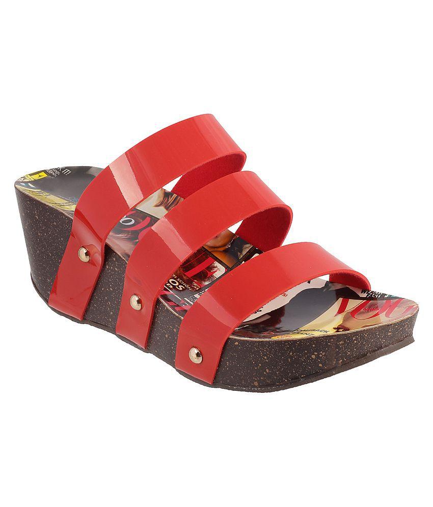 METRO RED Wedges Heels