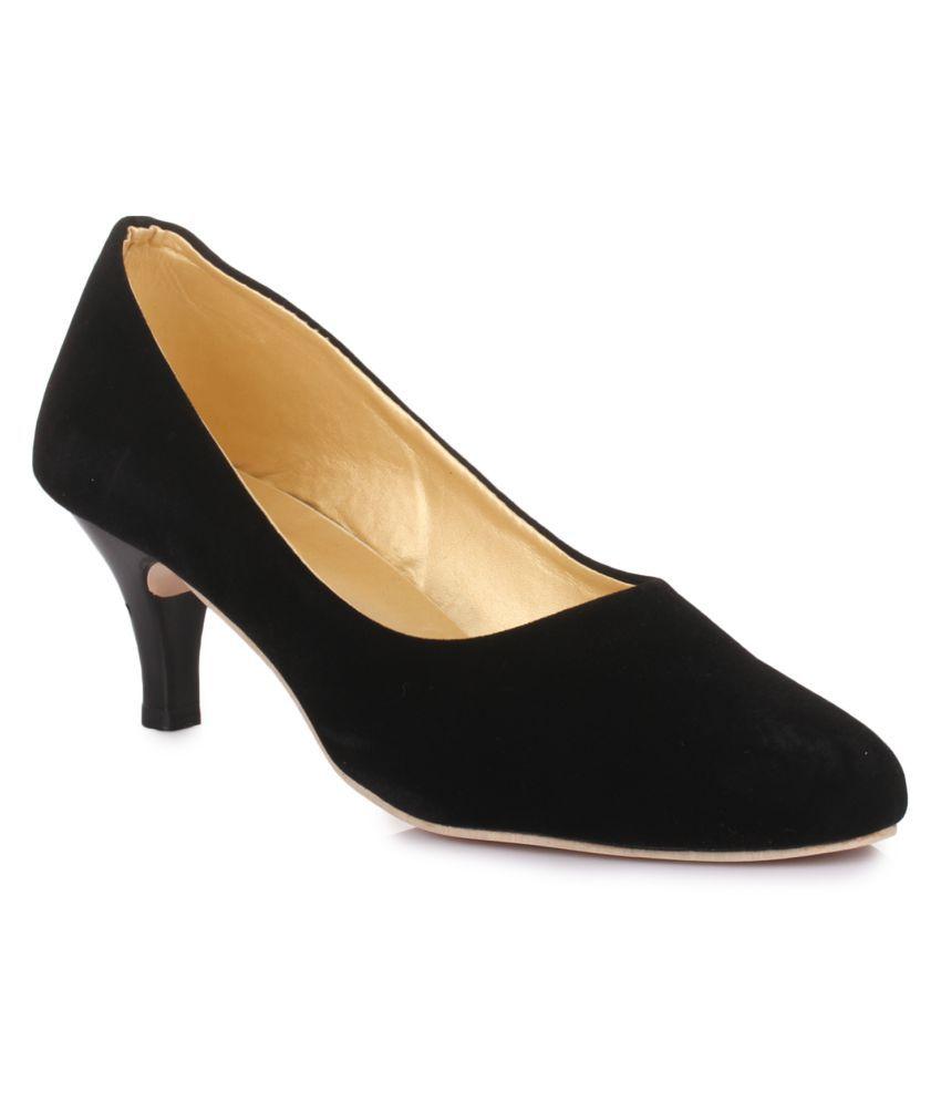 Bonzer Black Kitten Heels