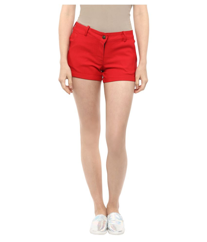 FASHION FLAVOR WOMEN'S RED SHORTS