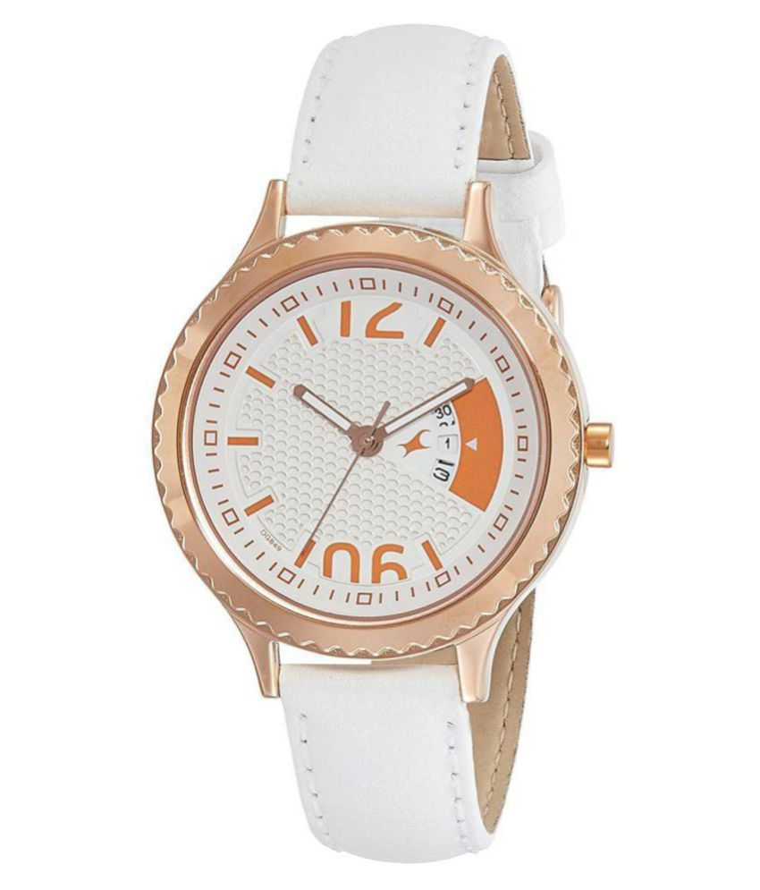 920482881 Fastrack Loopholes Analog Silver Dial Women s Watch-6168WL01 Price in  India  Buy Fastrack Loopholes Analog Silver Dial Women s Watch-6168WL01  Online at ...