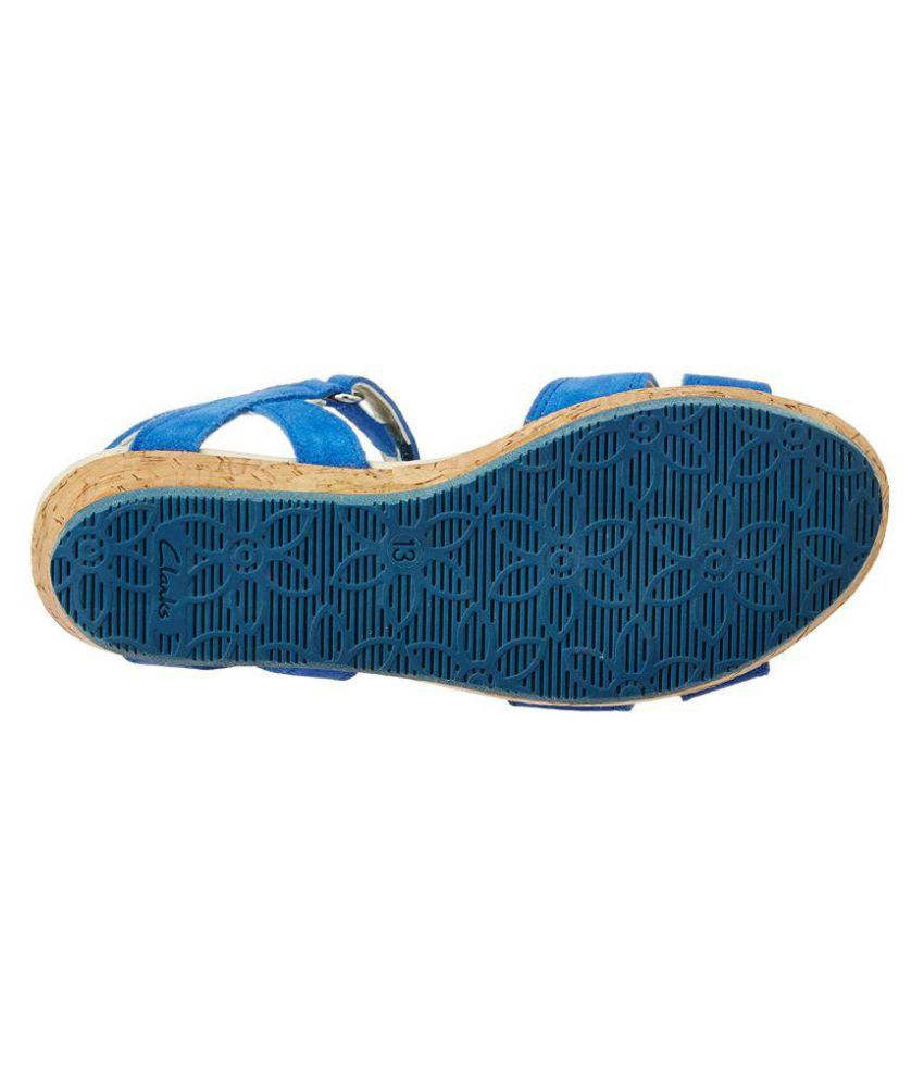 25ed8777161 Clarks Girls Harpy Wings Fashion Sandals Price in India- Buy Clarks ...