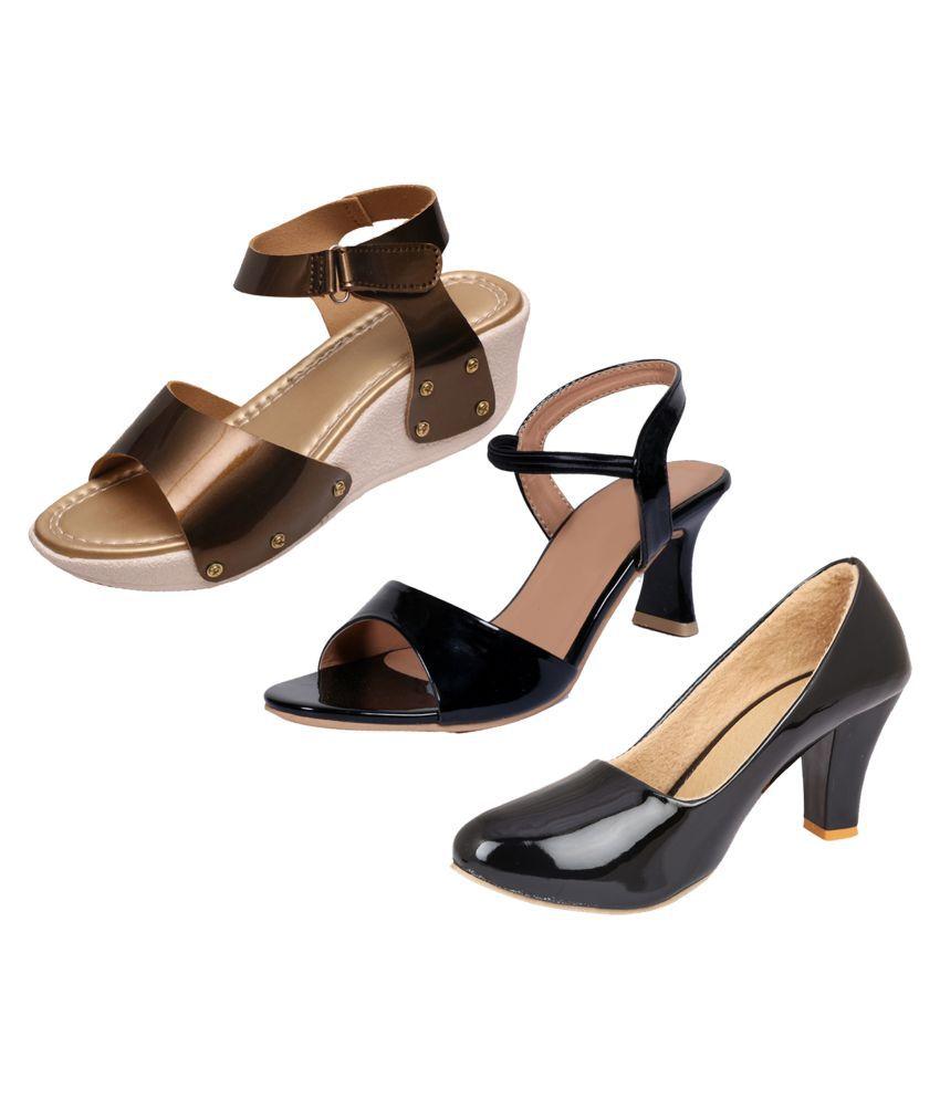 IndiWeaves Black Wedges Heels