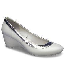 a3bf139dcd Crocs Heels for Women: Buy Crocs Women's Heels Online at best Prices ...