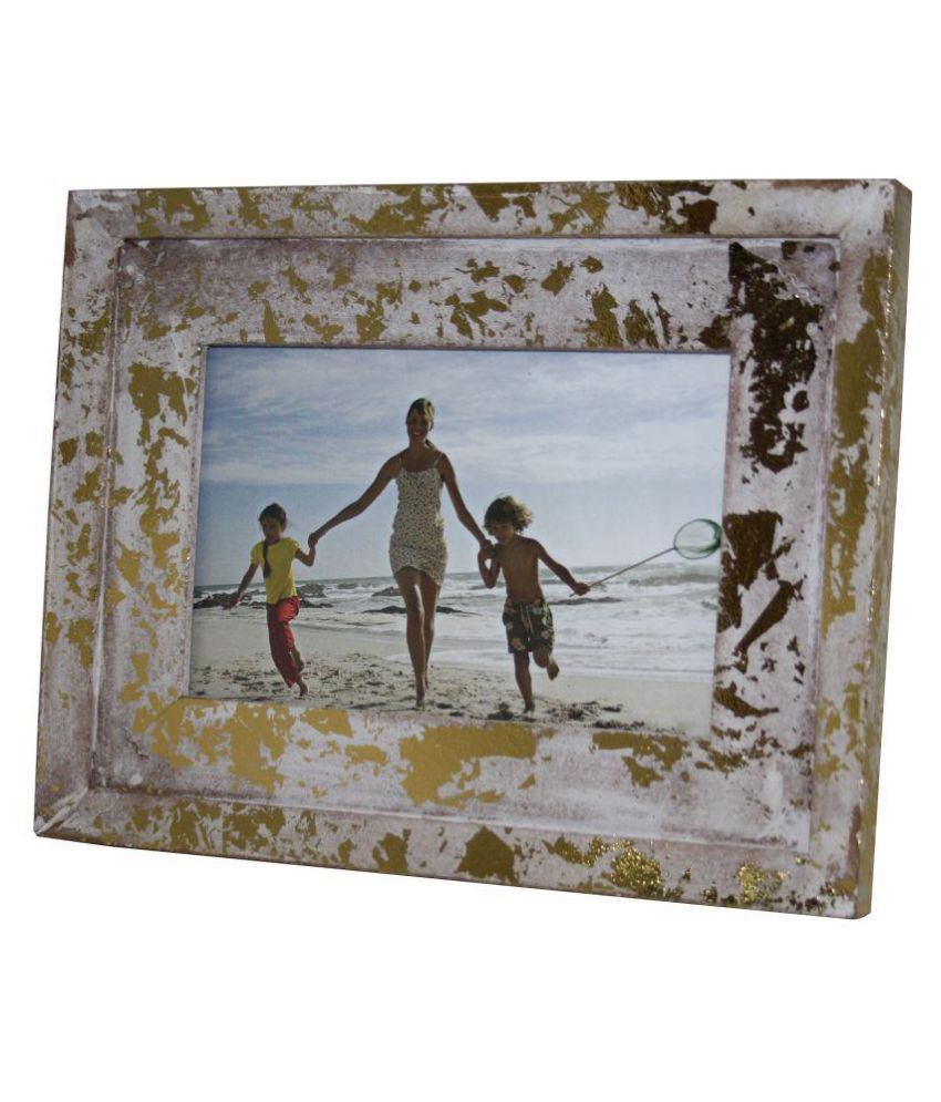 VARA  DECOR Wood TableTop Gold Single Photo Frame - Pack of 1