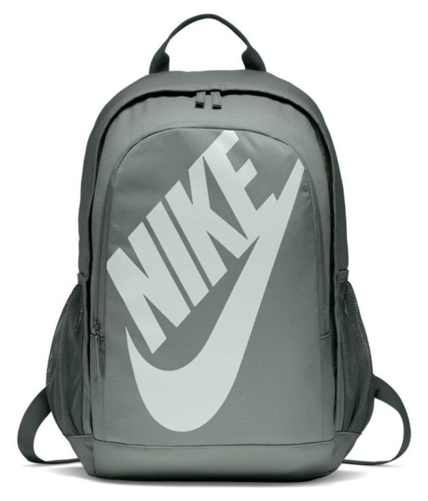 the best attitude 3be66 8faf9 Nike HAYWARD FUTURA - SOLID School Backpack - Buy Nike HAYWARD FUTURA -  SOLID School Backpack Online at Low Price - Snapdeal