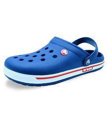 97a0975d395 Crocs Slippers   Flip Flops  Buy Crocs Slippers   Flip Flops Online ...