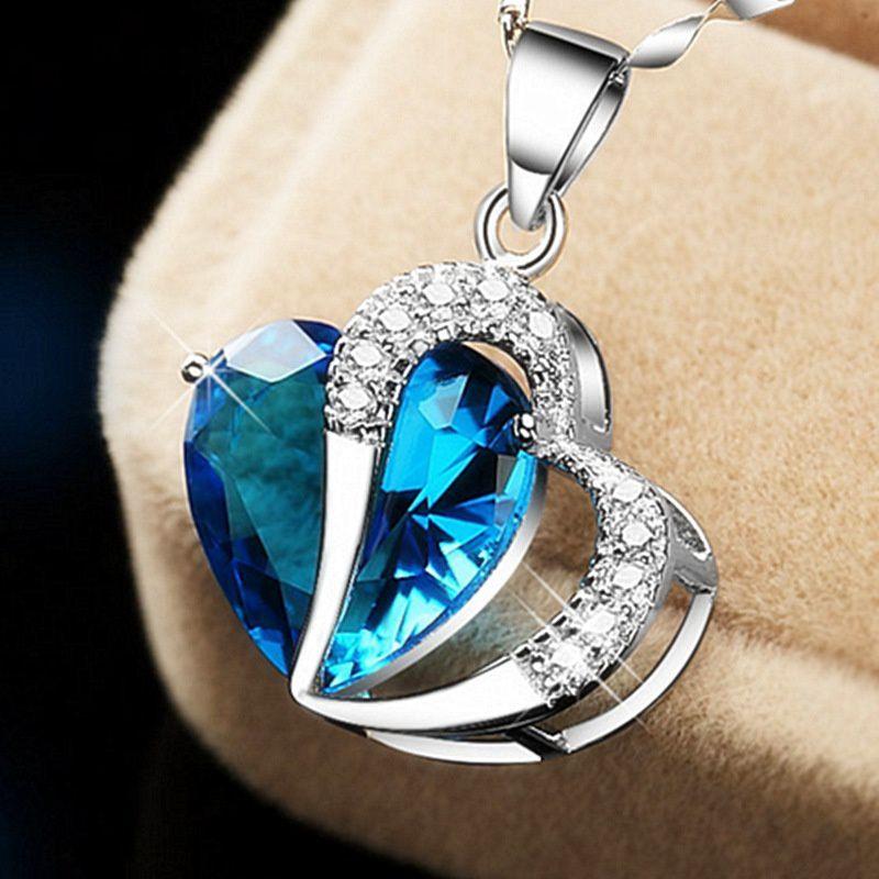 c717ef2b34478 Women's Fashion Pendant Necklace Heart-shaped Crystal Pendant ...
