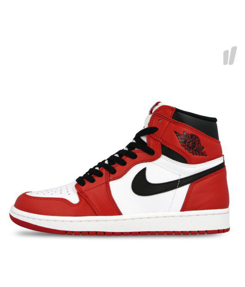 efb23113763 Nike Air JORDAN 1 RETRO HIGH Red Basketball Shoes - Buy Nike Air JORDAN 1  RETRO HIGH Red Basketball Shoes Online at Best Prices in India on Snapdeal