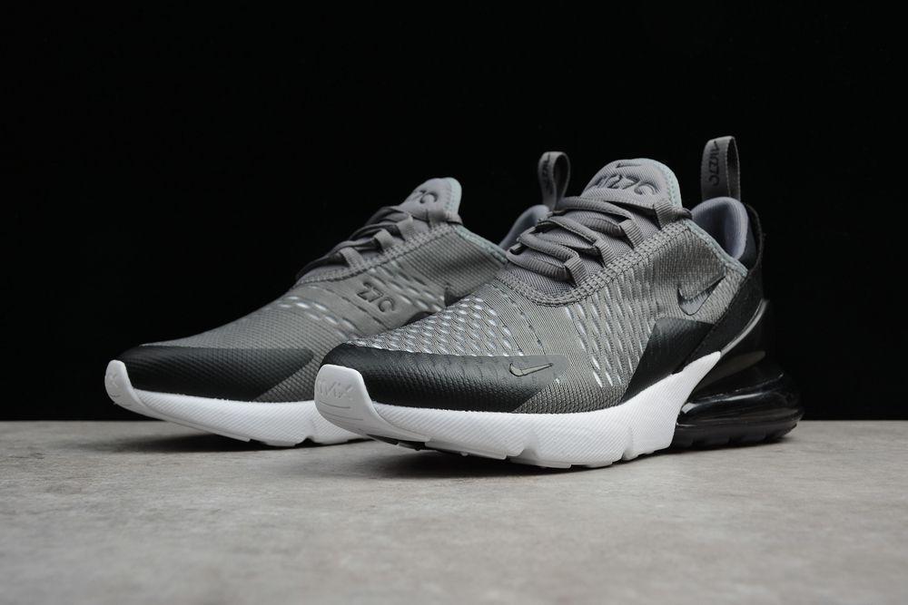 bas prix 7e245 b7bcd Nike Air Max 270. Grey Running Shoes