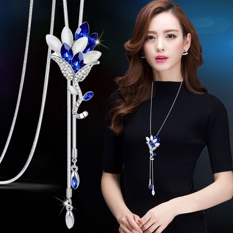 Luxury Fashion Statement Crystal Rhinestone Pendant Necklace Sweater Chains Trendy Charm Silver Plated Gemstone Flower Long Necklace Women Wedding Jewelry Party Gifts