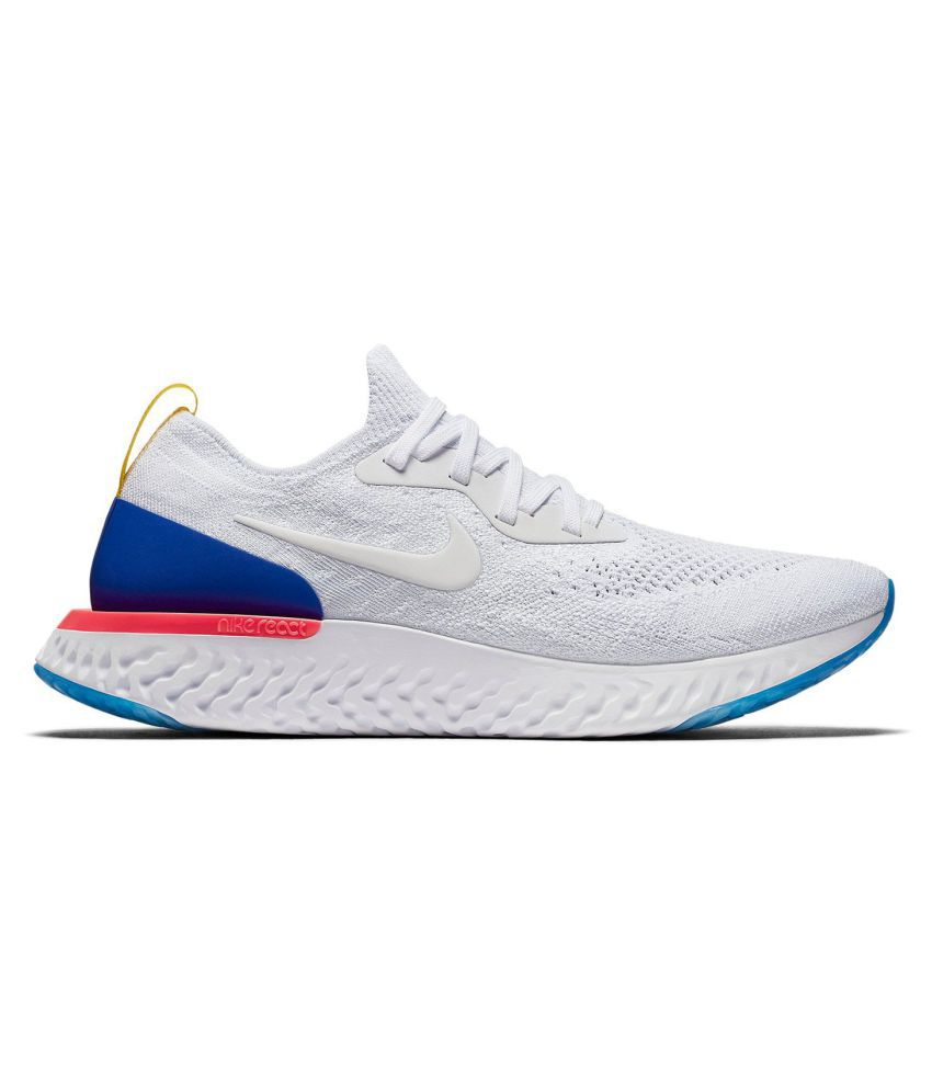 premium selection ddae5 14db8 Nike Epic React Flyknit White Training Shoes - Buy Nike Epic React Flyknit  White Training Shoes Online at Best Prices in India on Snapdeal