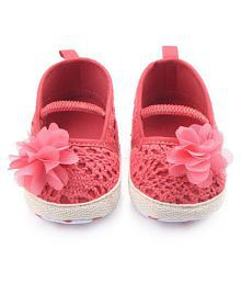 BABY GIRL HOLLOW KNIT BALLET DRESS SOFT SOLED CRADLE SHOES