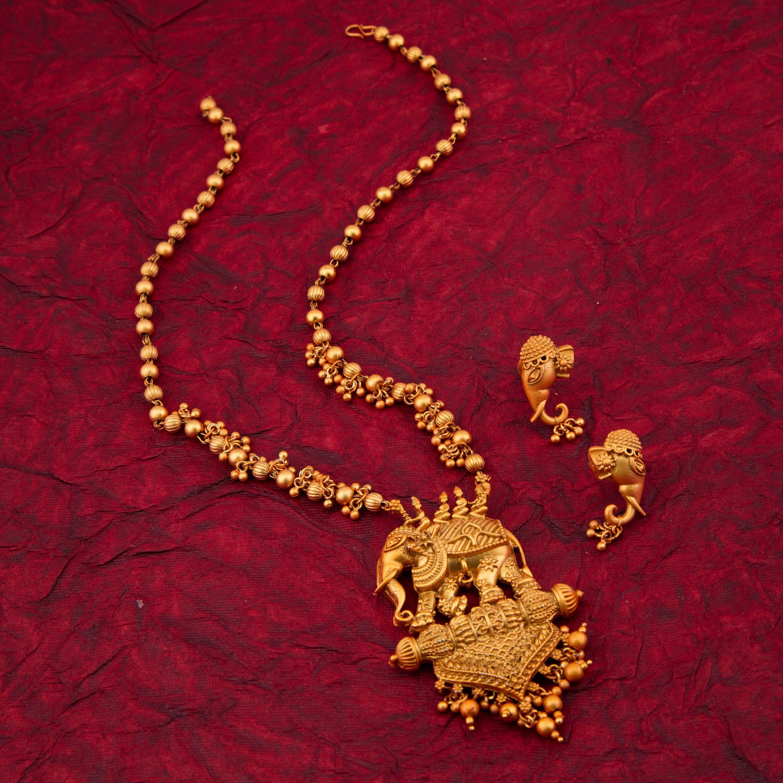 Antique Gold N Jadtar Set: Sukkhi Elephant Gold Plated Matte Finished Antique