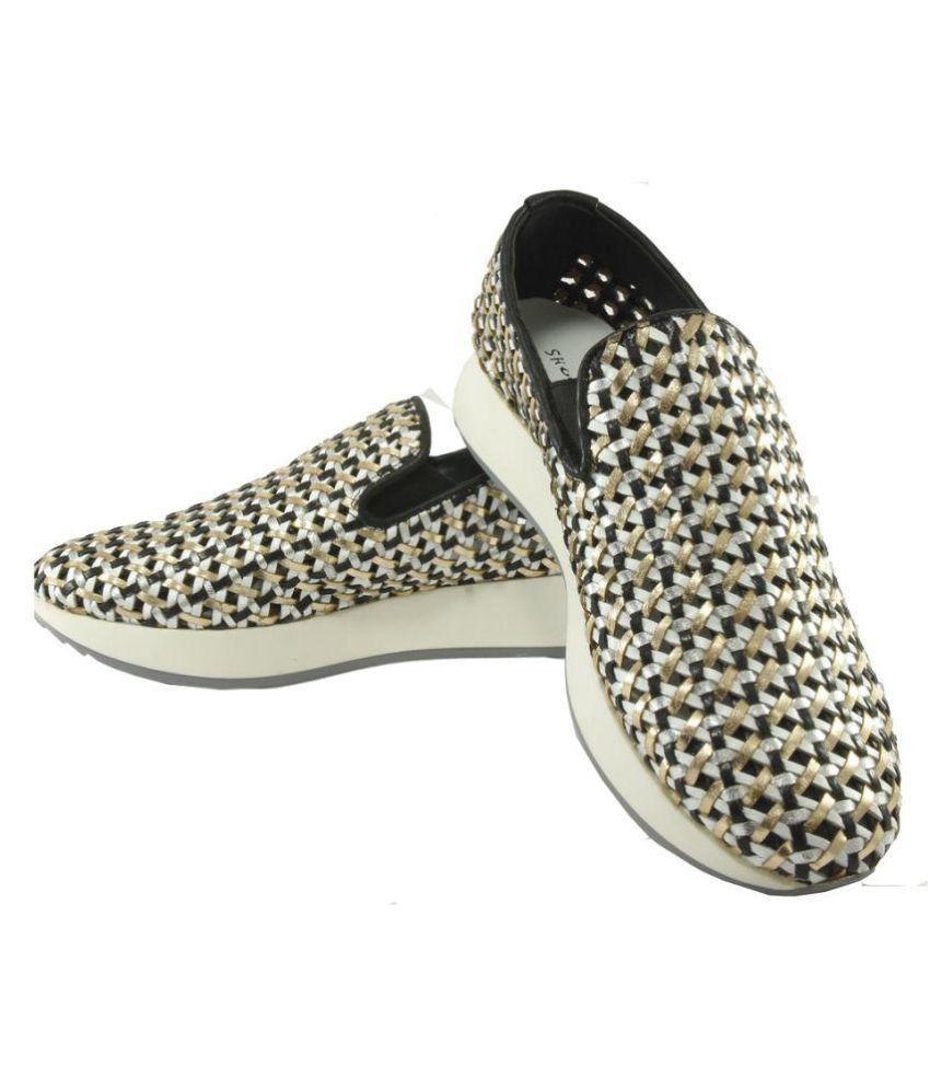 KOCOON Black Casual Shoes