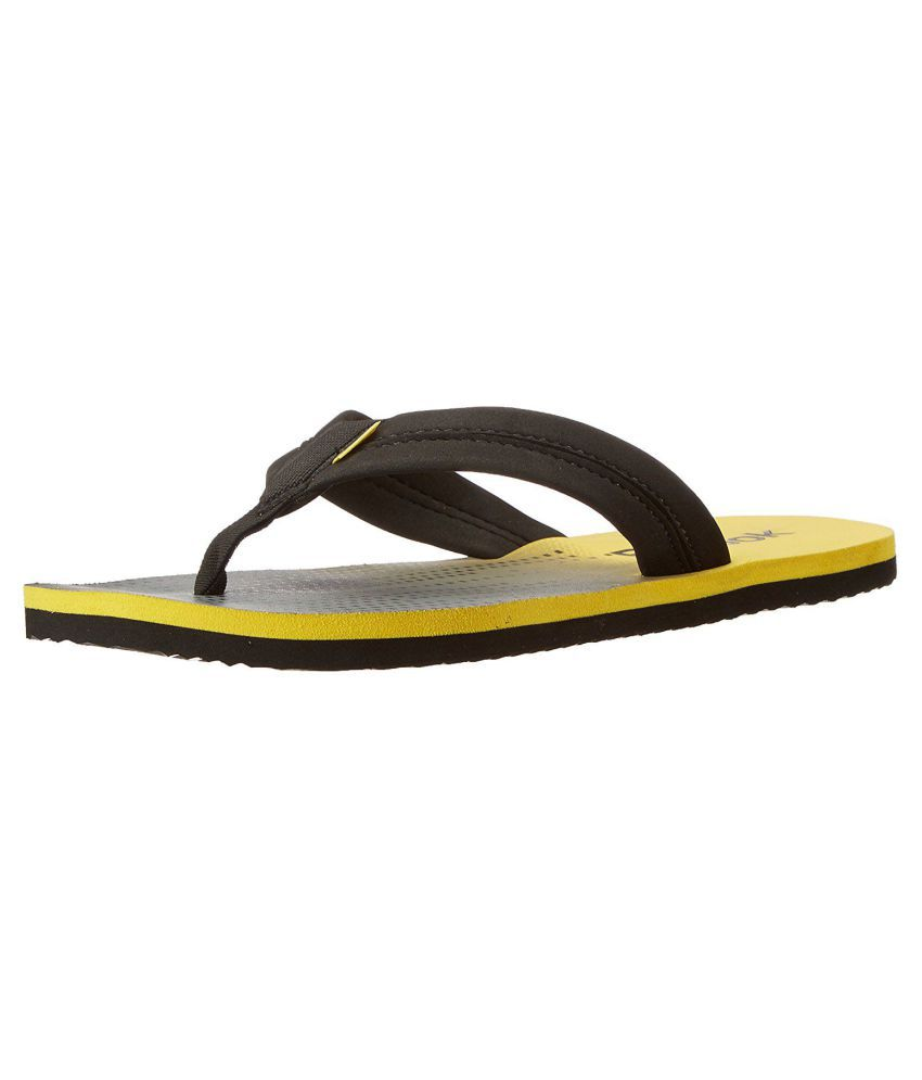 100a21ebd Reebok Yellow Thong Flip Flop Price in India- Buy Reebok Yellow ...
