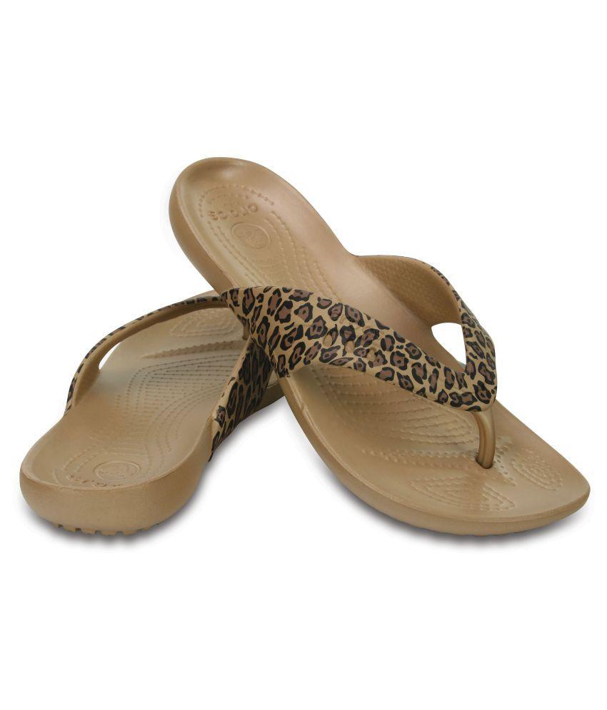 35438d00f Crocs Brown Slippers Price in India- Buy Crocs Brown Slippers Online ...
