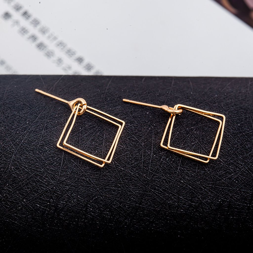 Levaso Fashion Jewelry Womens Earrings Ear Studs Copper Geometric 1Pair Personality Gifts Golden