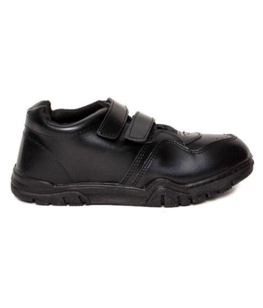 f0631b25542 Bata Velcro School Shoes Price in India- Buy Bata Velcro School ...