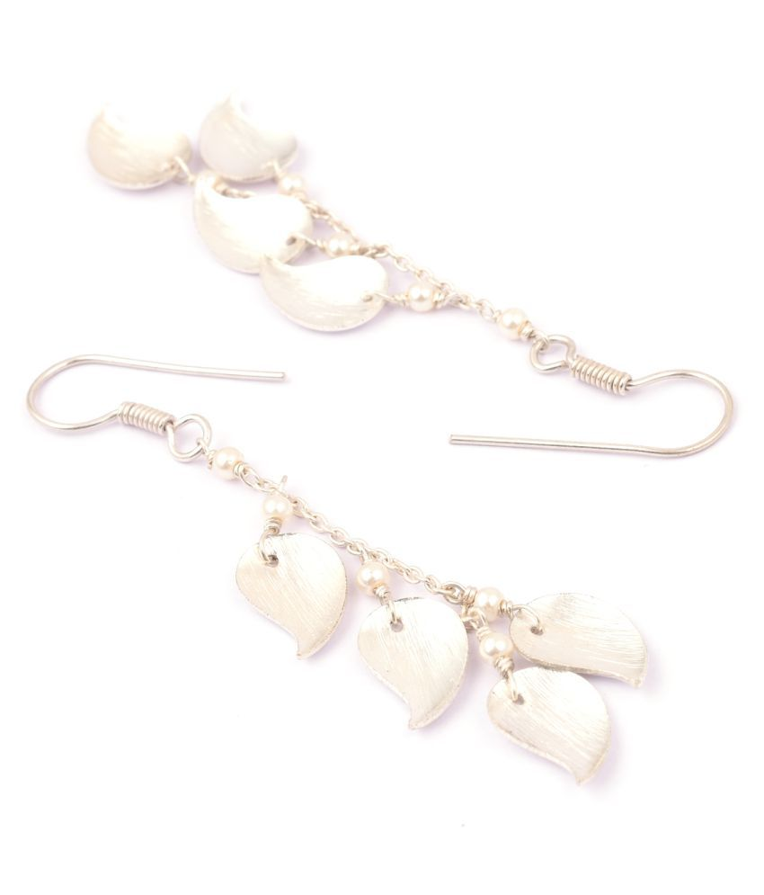 Pearlz Gallery Earring in Brass Metal with 3.5 inches and Chiness Shell Pearl