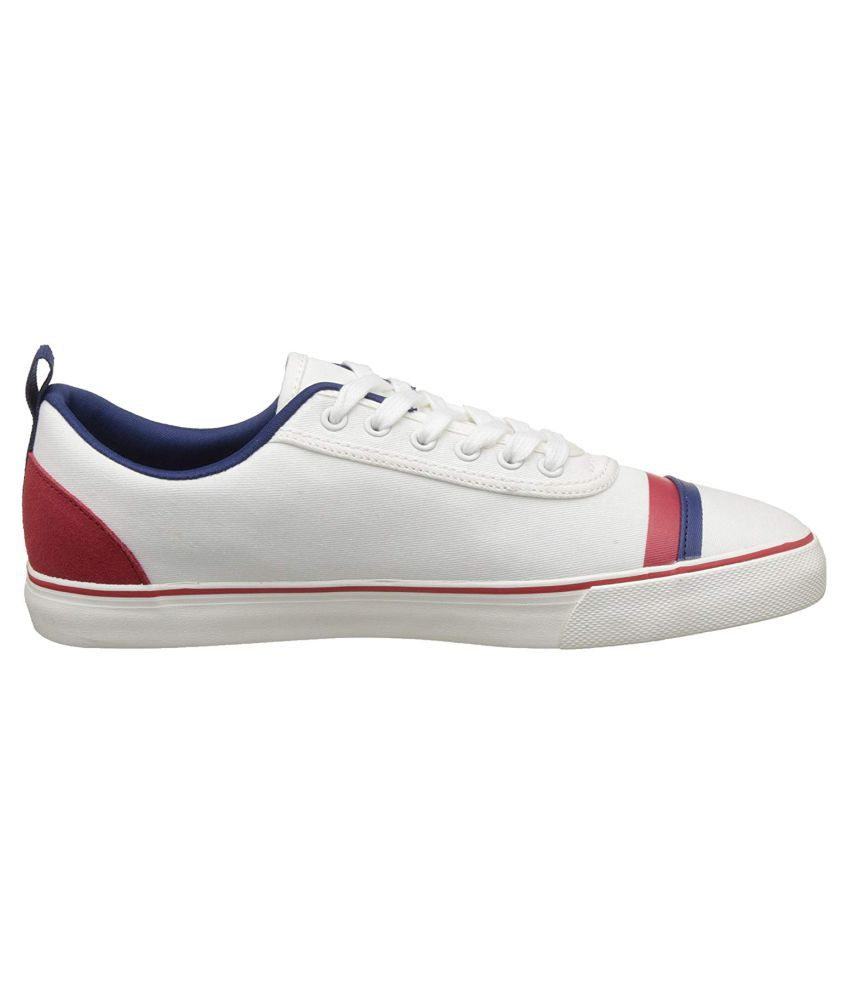 0e04d3a7a1a United Colors of Benetton Men Sneakers White Casual Shoes - Buy United  Colors of Benetton Men Sneakers White Casual Shoes Online at Best Prices in  India on ...