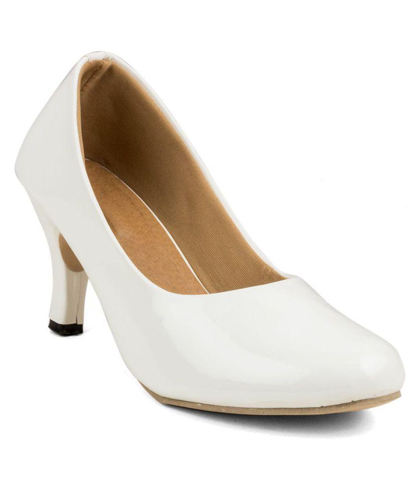 Cute Fashion White Kitten Heels