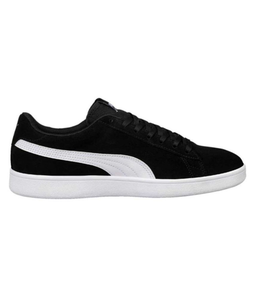 0f8f1fa087a4 Puma Smash v2 Sneakers Black Casual Shoes - Buy Puma Smash v2 ...