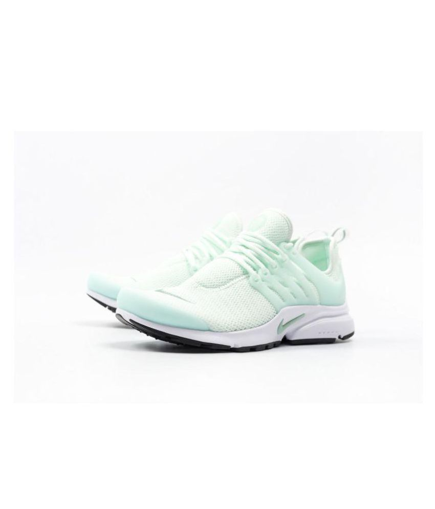 finest selection b7ed6 033f5 Nike Presto iD Light Green Womens Running Shoes Price in India- Buy Nike  Presto iD Light Green Womens Running Shoes Online at Snapdeal