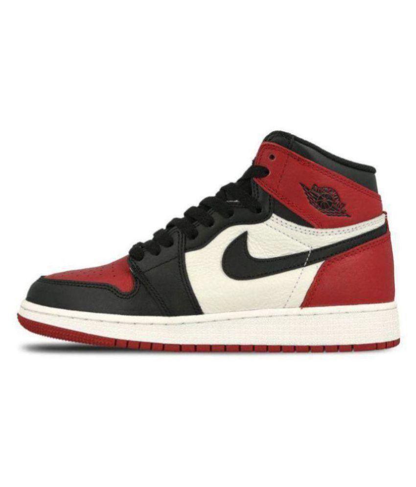 761fab91433 Nike AIR JORDAN RETRO Running Shoes Multi Color: Buy Online at Best ...