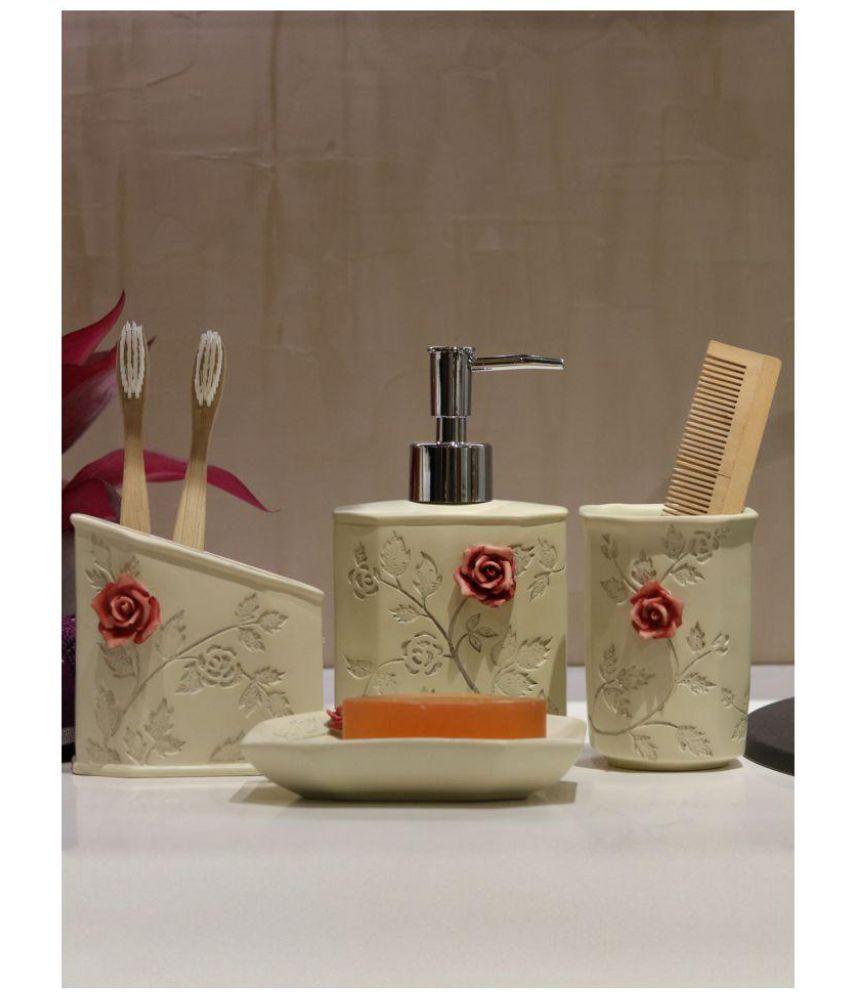 Shresmo Plastic Bath Set