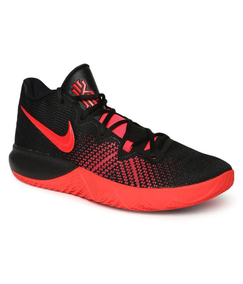 a549ef12dd8 Nike Kyrie Flytrap Running Shoes Red  Buy Online at Best Price on Snapdeal