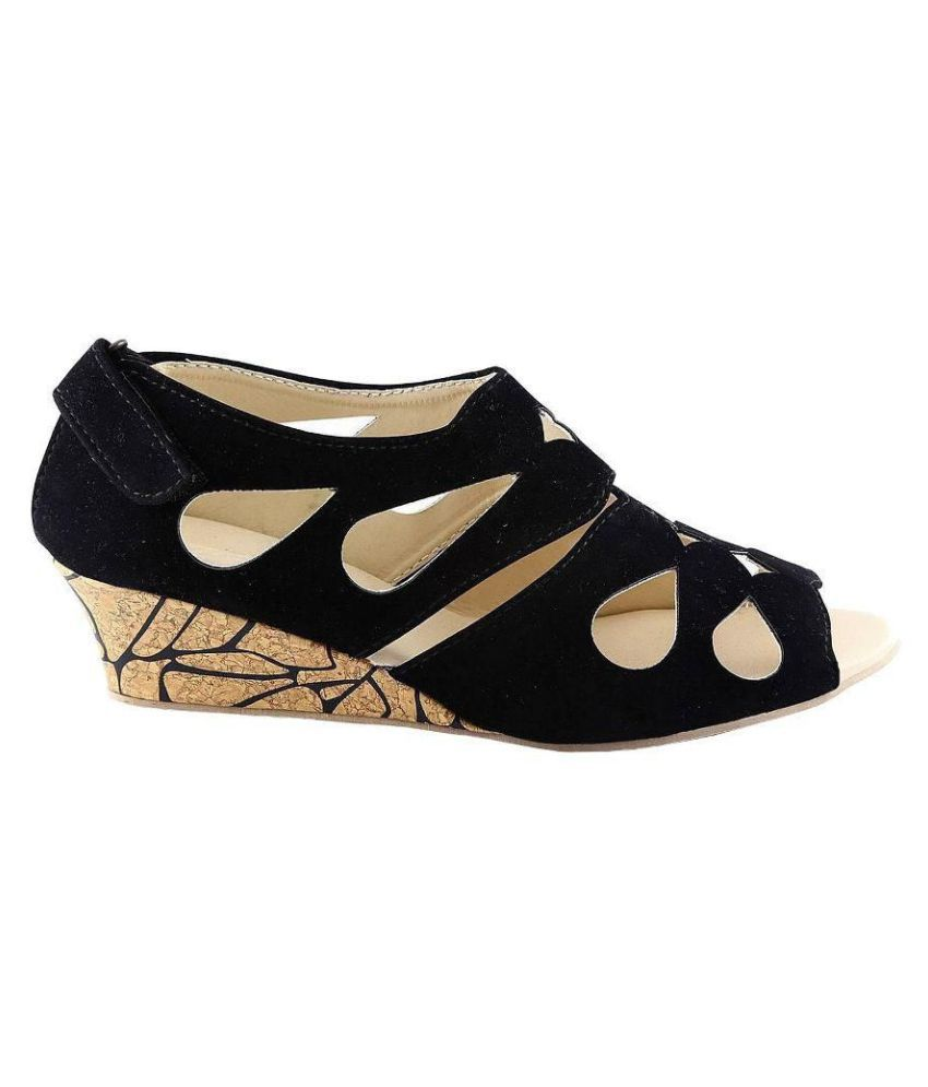 52adc432497 Kanchan Black Wedges Heels Price in India- Buy Kanchan Black Wedges ...