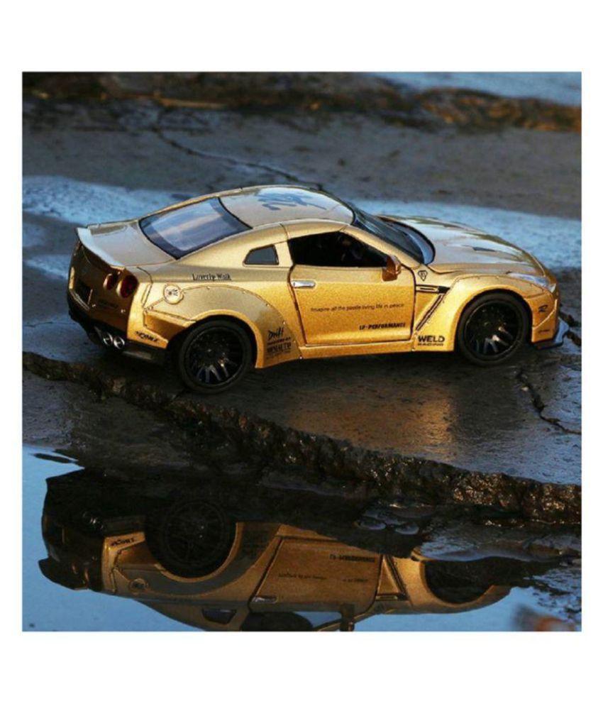Emob Golden 132 Die Cast Metal Body Mini Auto Luxury Car Toy With