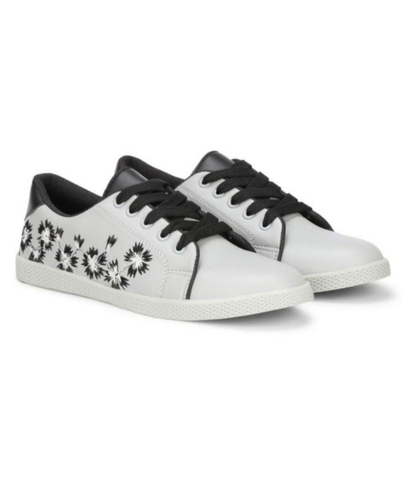 Ghenz collections White Casual Shoes