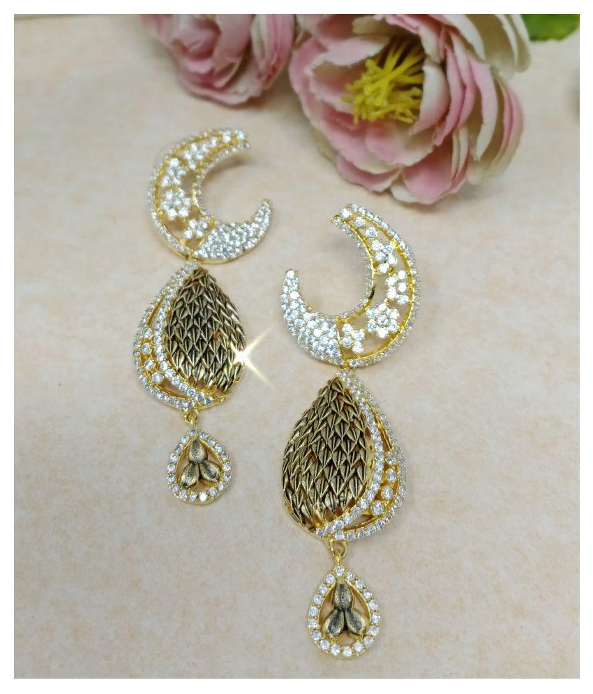 Steorra jewels Golden tone Cubic Zicronia Half Moon Style Earrings