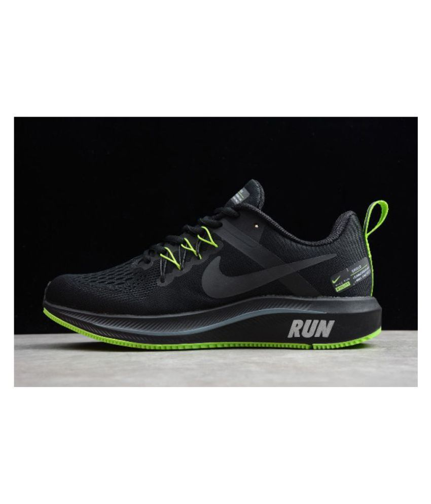 subterráneo huella ajo  Nike Structure 15 Run Black Running Shoes - Buy Nike Structure 15 Run Black  Running Shoes Online at Best Prices in India on Snapdeal