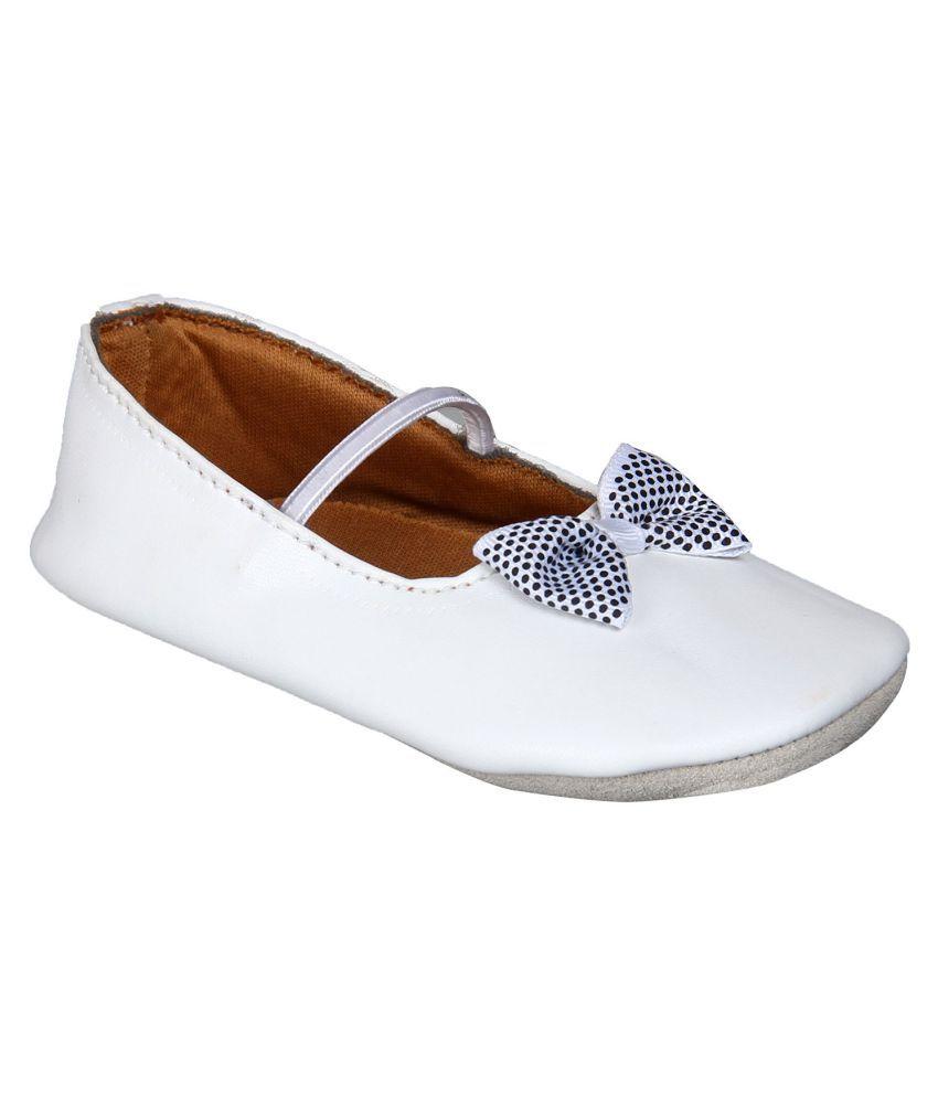 Beanz White Candace Shoe For Girls