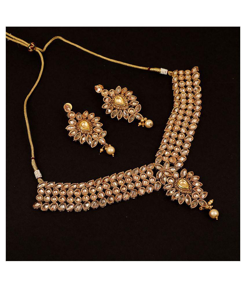 Piah Fashion Alloy Golden Designer Necklaces Set Collar