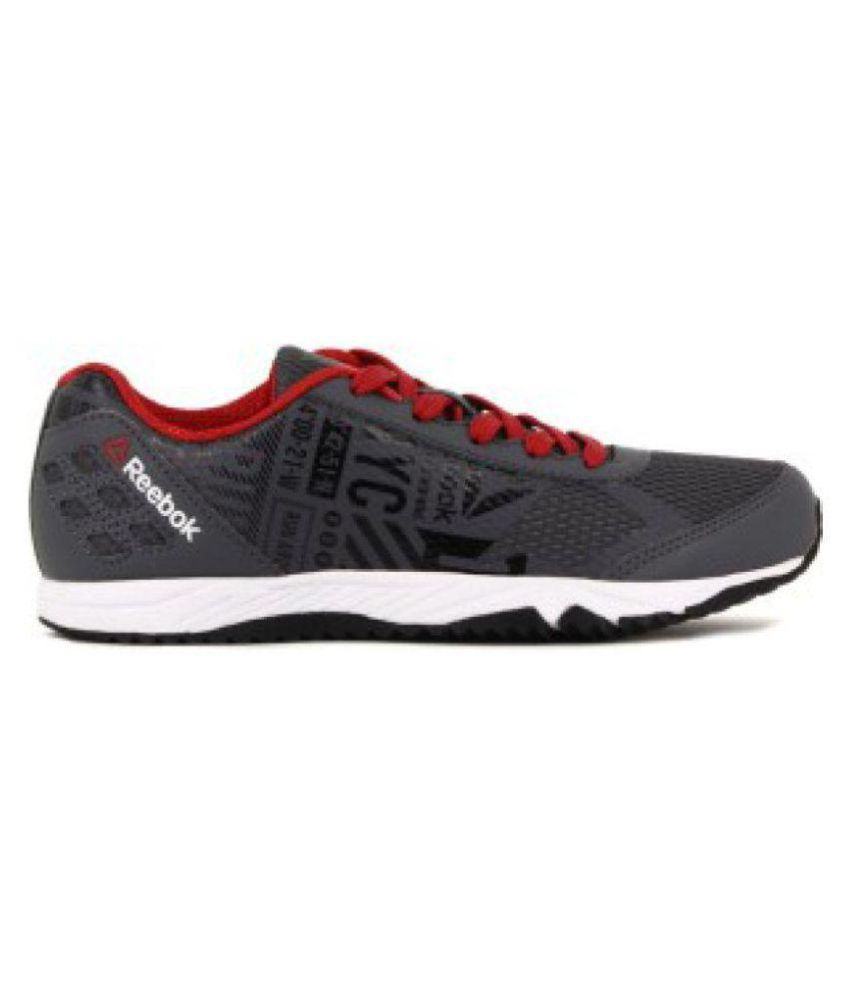 differently beautiful style limited quantity Reebok RUN VOYAGER LP Boy's Running Shoes Price in India ...