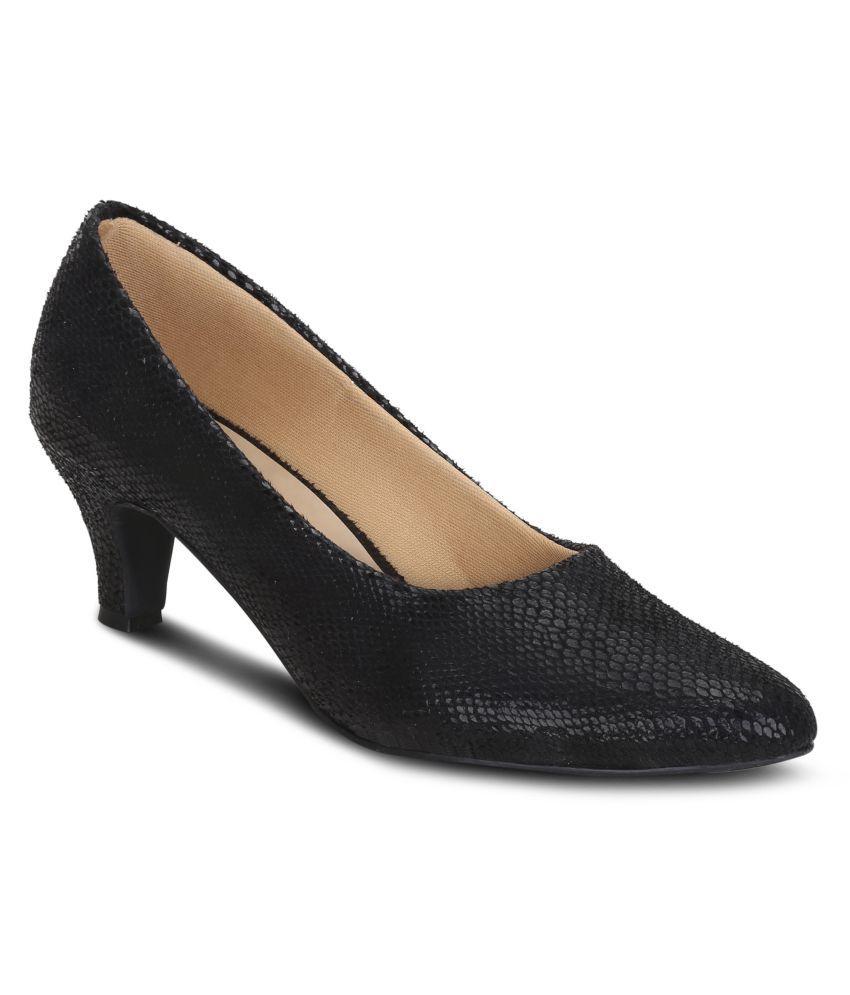 Get Glamr Black Kitten Heels