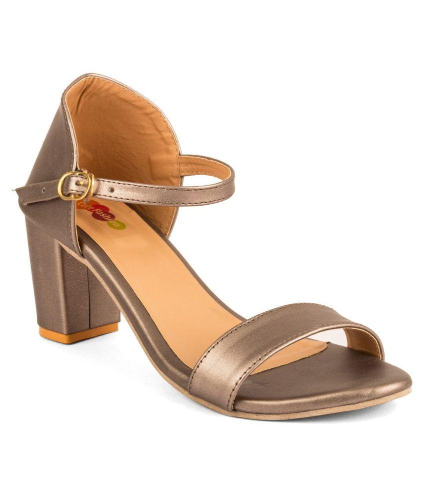 Cute Fashion Gray Block Heels