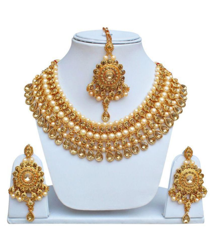 LUCKY JEWELLERY Alloy Golden Choker Designer Gold Plated Necklaces Set
