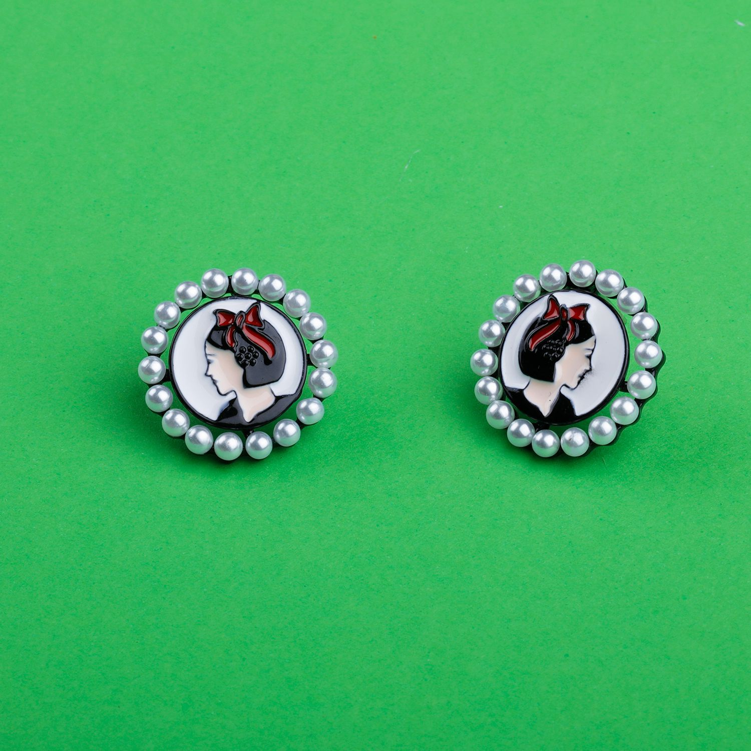 Silver Shine Elite Black Exclusive Unique Stud earring For Girls And Women