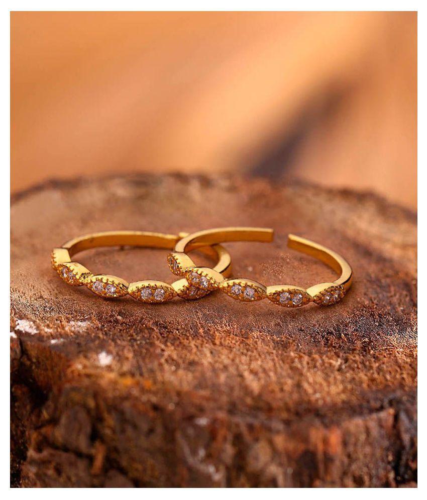 Voylla CZ Gems Embellished Brass toe Rings