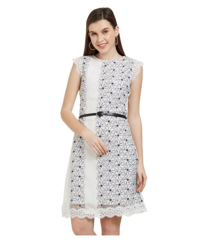 Soie Polyester White Regular Dress