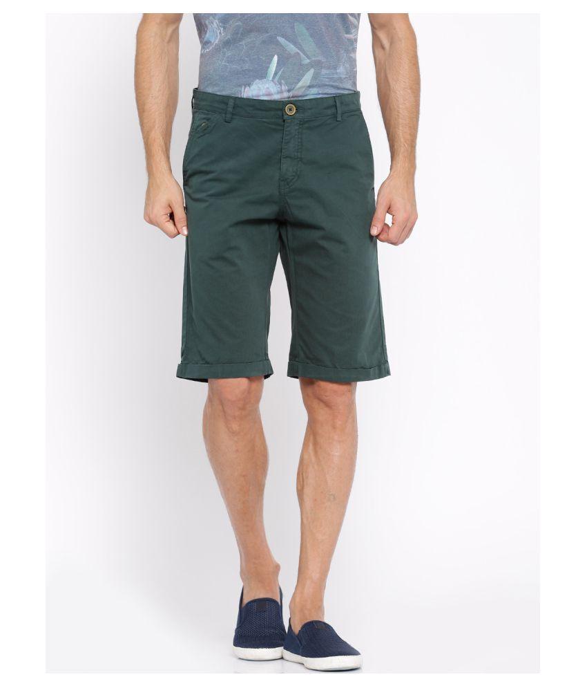 Showoff Green Shorts Single