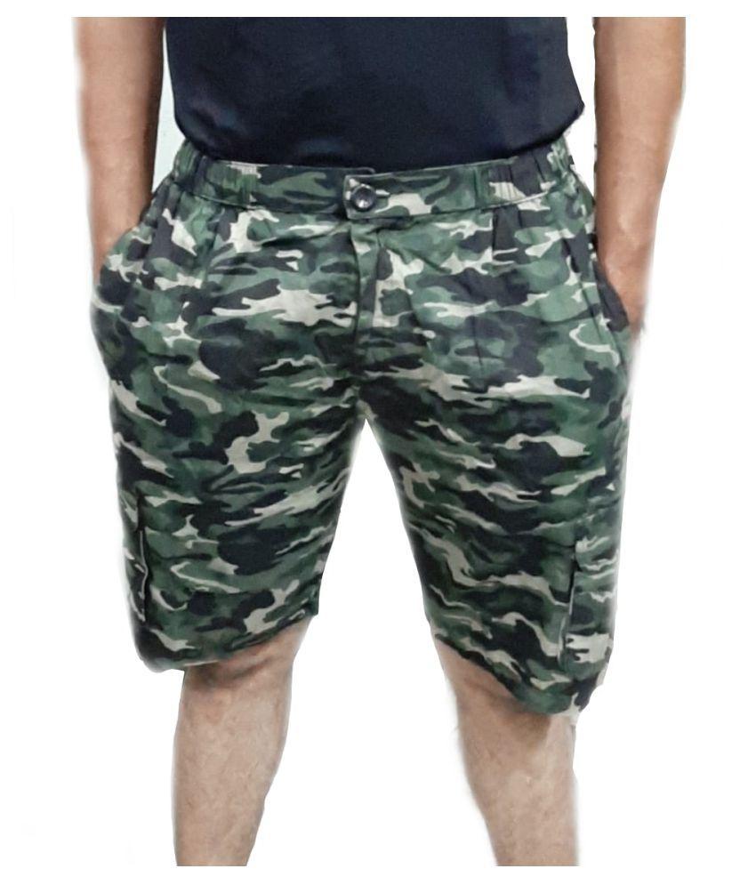 LIVSTER Green Shorts